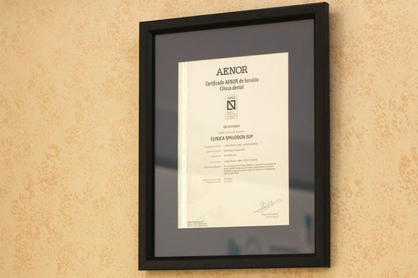certificado-aenor-smilodon